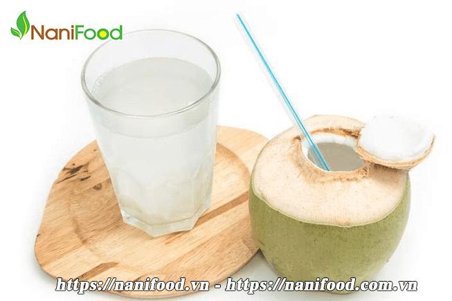 Nước dừa giúp phụ nữ trẻ hóa và ngừa bệnh